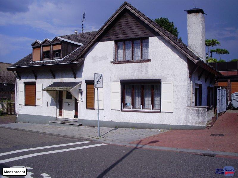 maasbracht-gebouwen-200906003