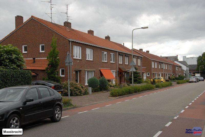 maasbracht-gebouwen-200908069