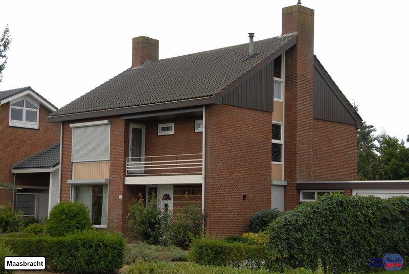 maasbracht-gebouwen-200908074