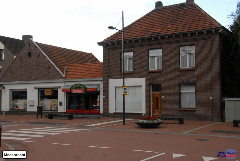 maasbracht-gebouwen-200908078