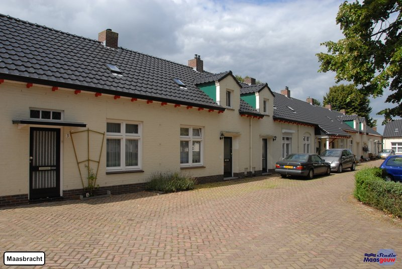 maasbracht-gebouwen-200908169