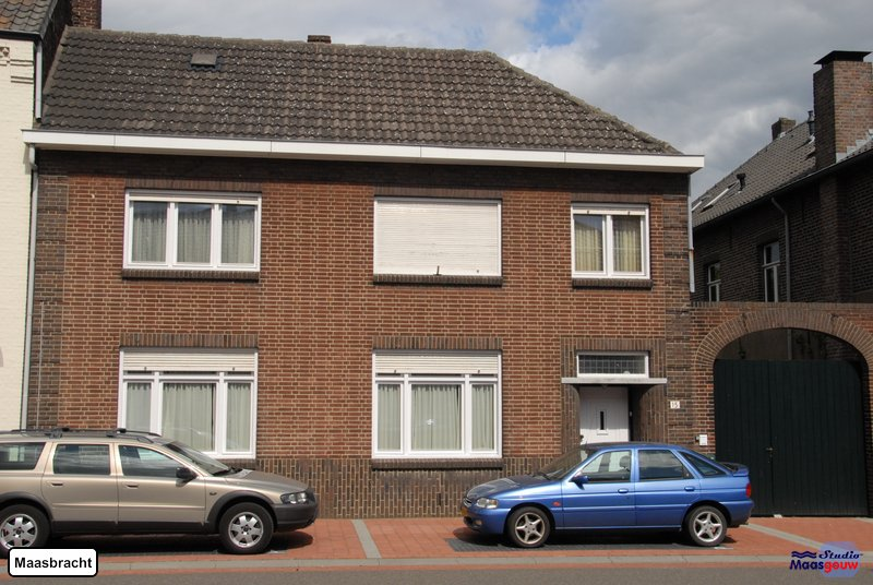 maasbracht-gebouwen-200908182