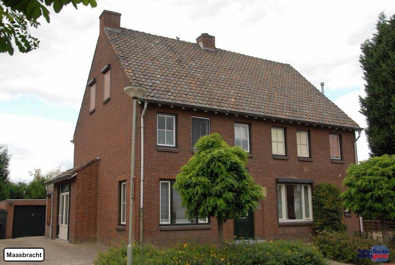 maasbracht-gebouwen-200908239