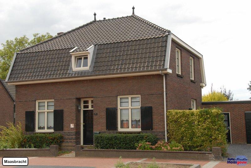 maasbracht-gebouwen-200908339