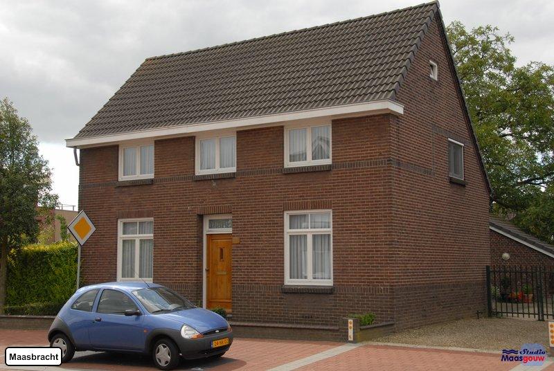 maasbracht-gebouwen-200908340