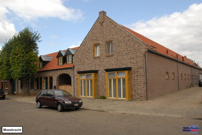 maasbracht-gebouwen-200908353