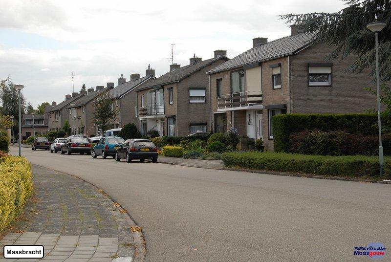 maasbracht-gebouwen-200908385