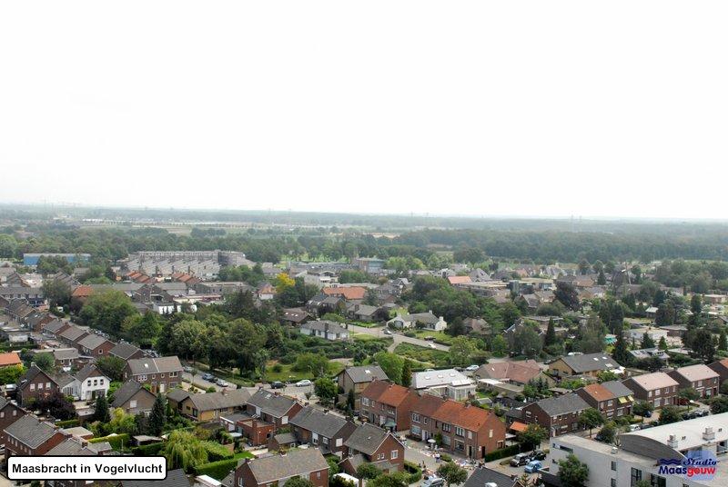 maasbracht-in-vogelvlucht-20110626060