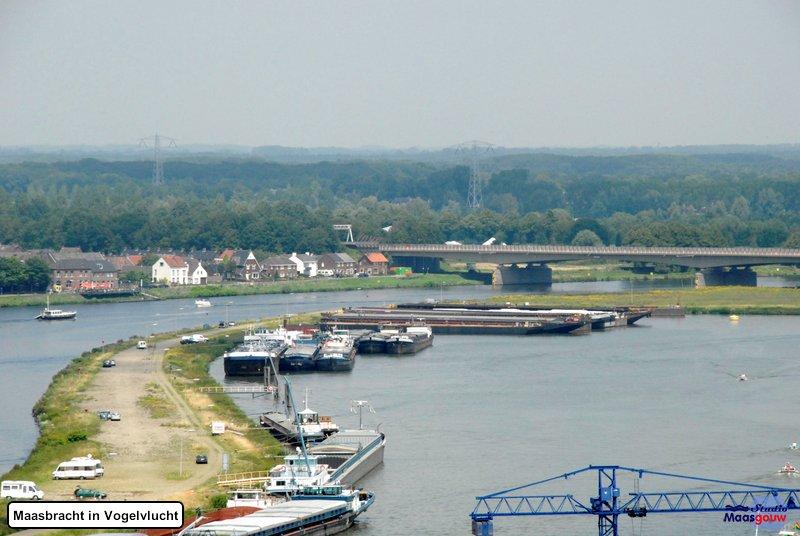 maasbracht-in-vogelvlucht-20110626078