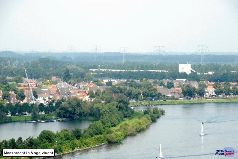 maasbracht-in-vogelvlucht-20110626080