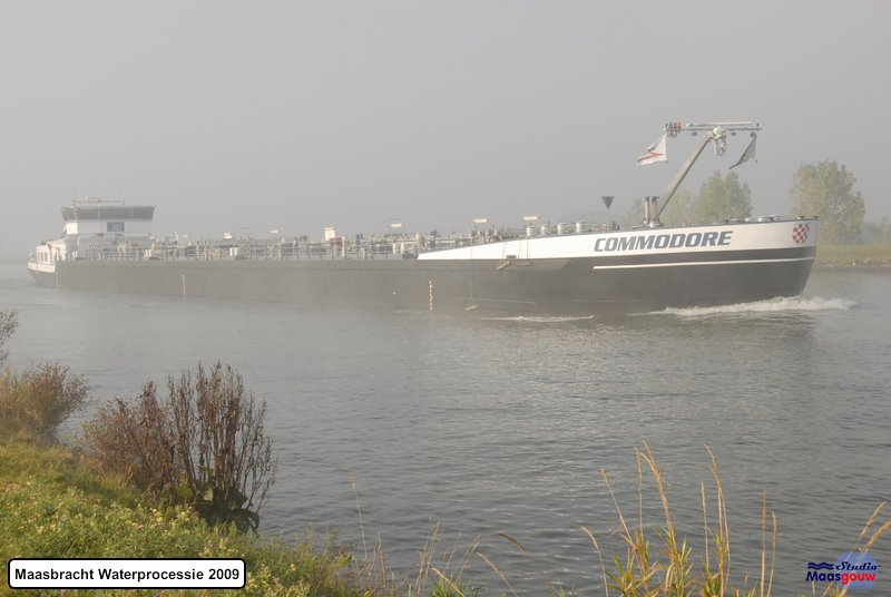 maasbracht-waterprocessie-200910004
