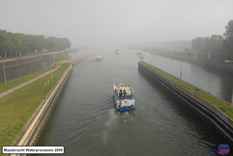 maasbracht-waterprocessie-200910012