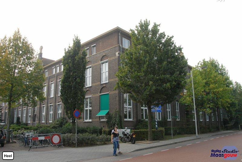Heel 20090920065