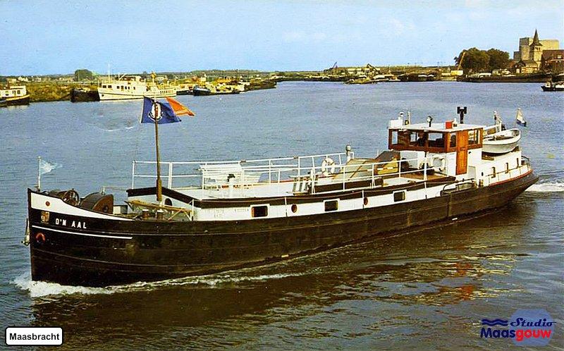 Maasbracht Kerkschip voor 1970994