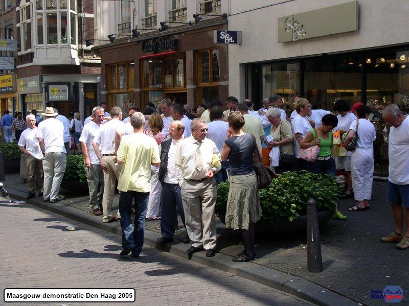Maasgouw Protest Den Haag 20050613023